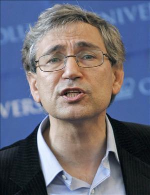 Orhan Pamuk vs. Virginia Woolf
